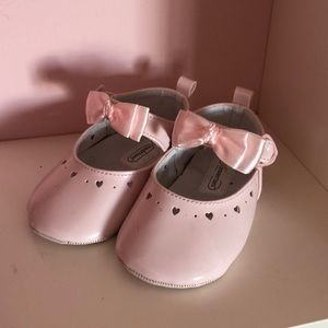 Other - Pink patent baby shoes